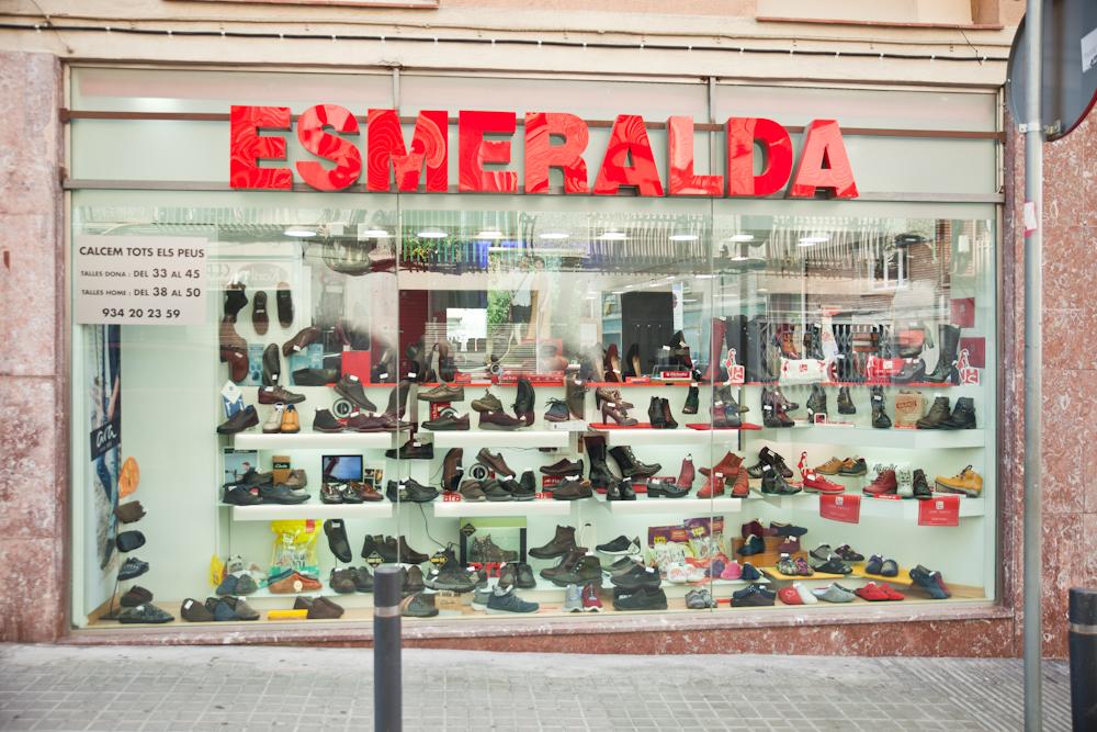 escaparate-calzados-esmeralda